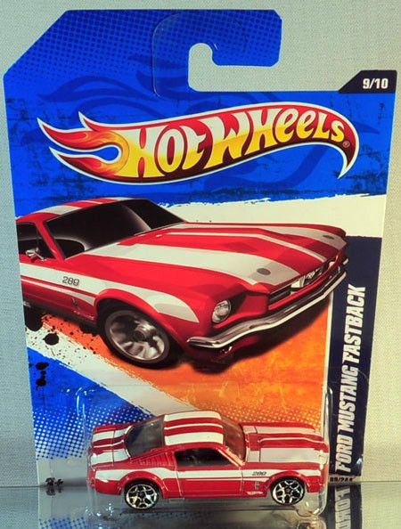 Hot Wheels Ford Mustang Fastback 2011 Street Beasts
